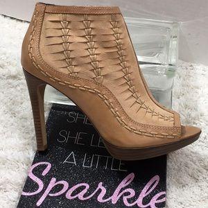 Vince Camuto tan leather platform heeled booties